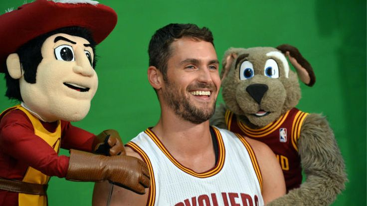Cavs' Kevin Love gives NSFW response to dismiss criticism, trade rumors