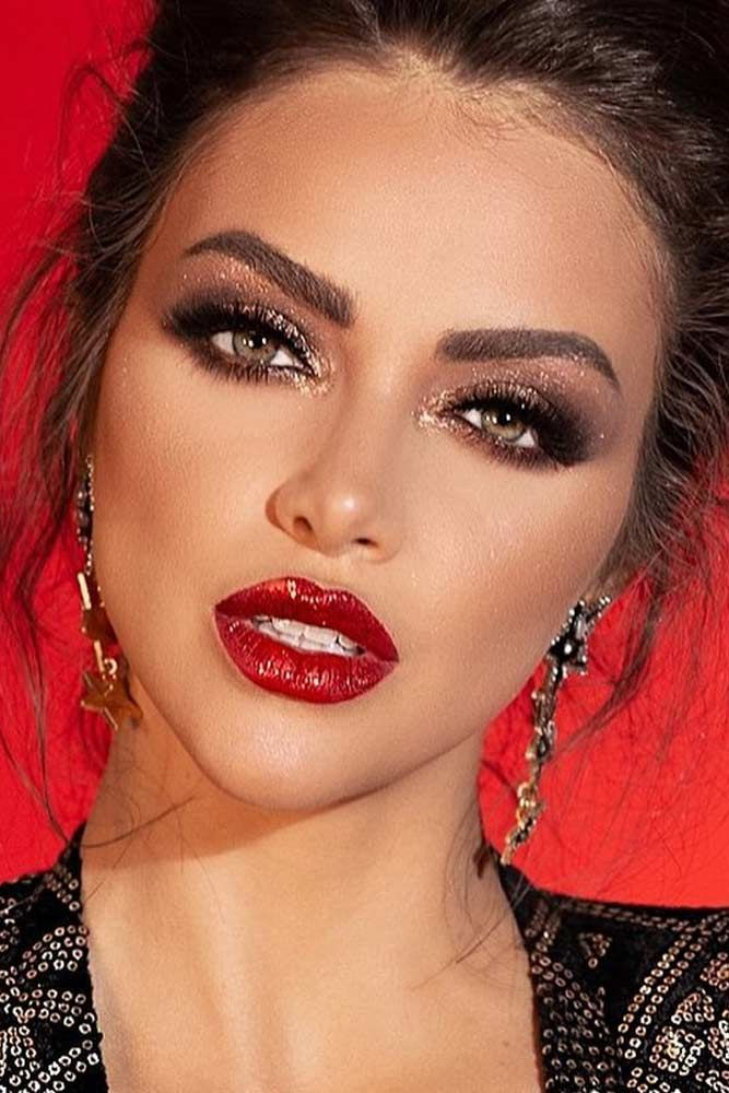 61 Wonderful Prom Makeup Ideas Number 16 Is Absolutely Stunning Red Lip Makeup Red Dress Makeup Red Lips Makeup Look