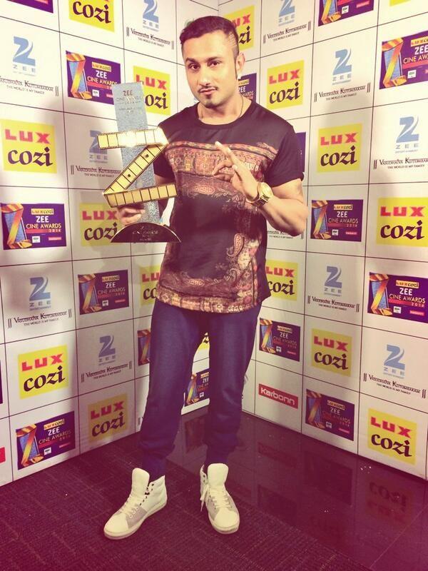 Yo Yo Honey Singh at Zee Cine Awards