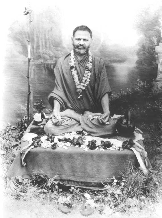 adi guru shankaracharya biography in hindi pdf