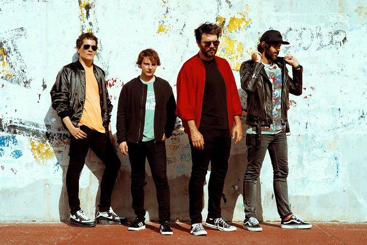 """""""NEW BLOOD"""" representa la crudeza y la realidad de la banda The Rebels, buscando una estética inspirada en musicales de los 60s."""