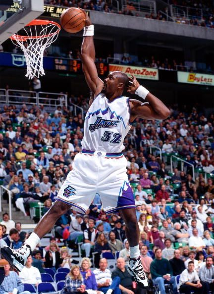 Karl Malone - Mailman delivers #NBA