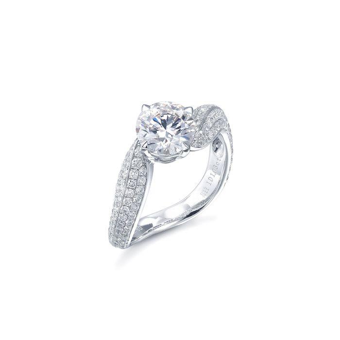 Yú Yú 18K黃金鑽石戒指 | 周生生(Chow Sang Sang Jewellery)官方網上珠寶店