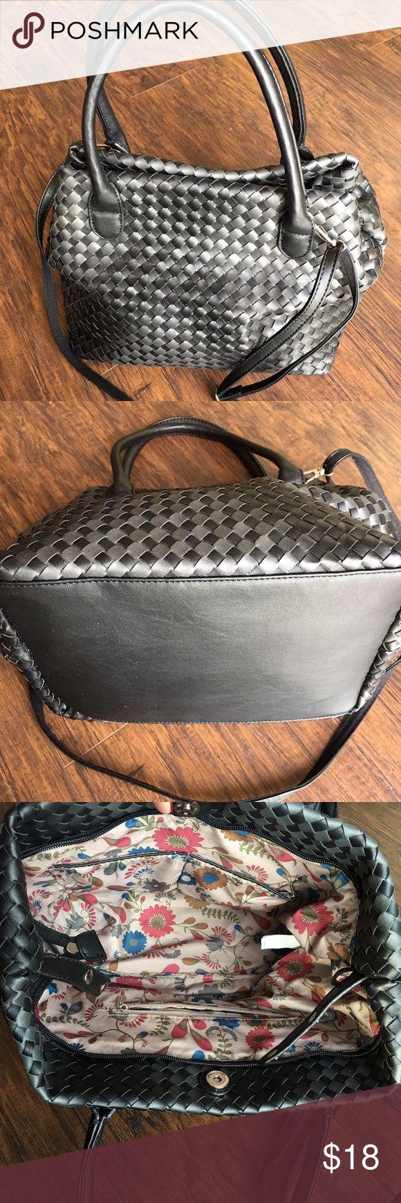 "Vegan Leather ""David Jones, Paris"" Handbag Brown woven faux leather bag. Crossbody strap that can be removed. Beautiful Floral satin like lining snap and magnetic closure NWOT David Jones Bags Satchels"