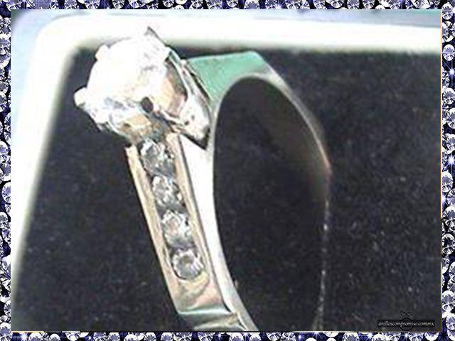 anillos de compromiso frikis en puebla México https://www.webselitemx.com/anillos-de-compromiso-puebla/ y matrimoniales