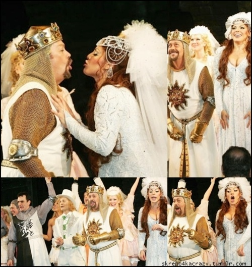 Sara Ramirez and Tim Curry / the Lady of the Lake and King Arthur - Spamalot