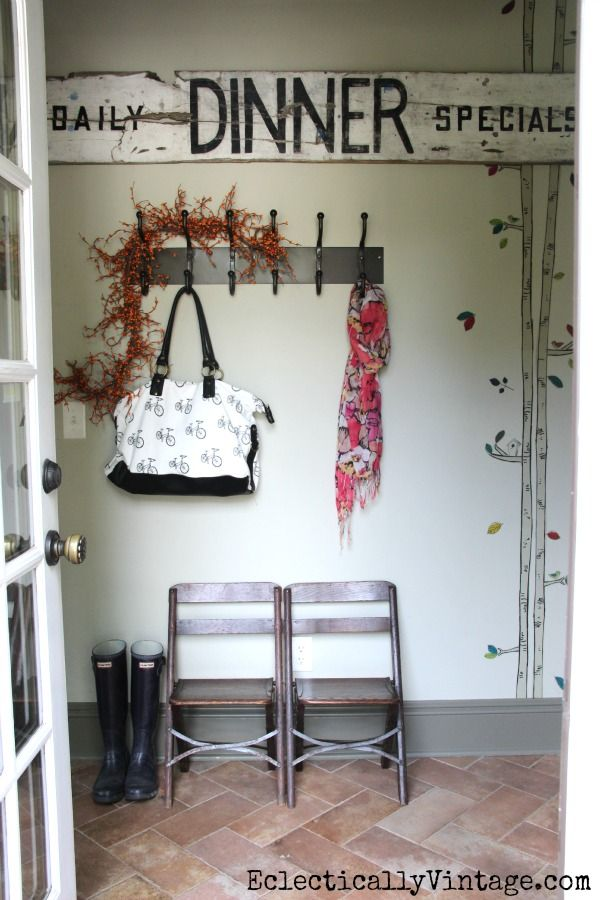 Vintage Fall Home Tour - creative fall decorating ideas!  Love this mudroom. eclecticallyvintage.com