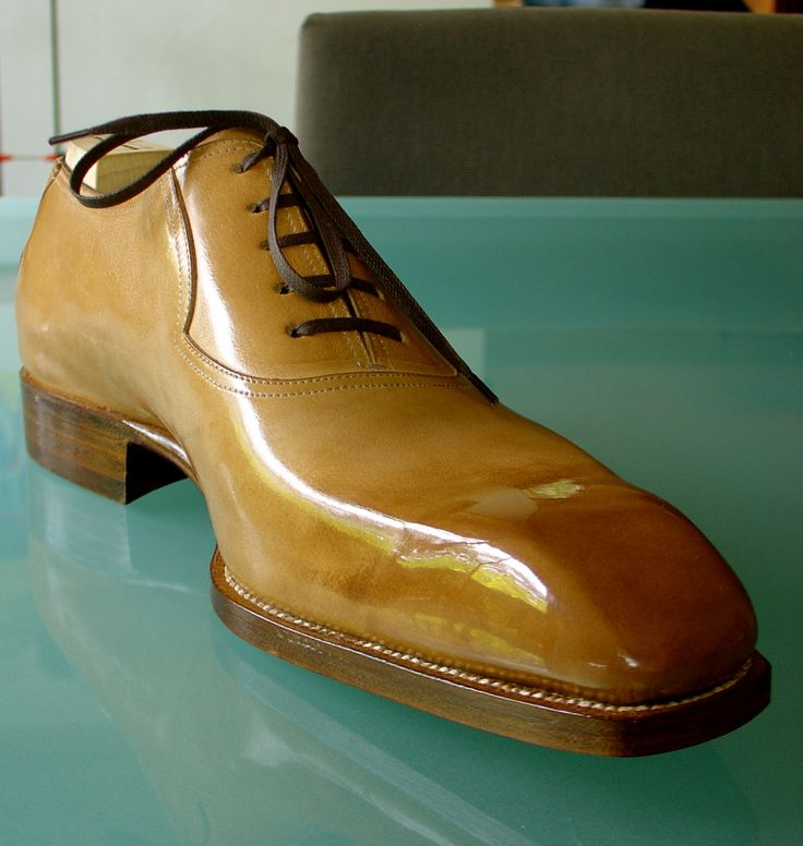 """bluscuro:  Saint Crispin's on the """"Screwdriver"""" last. Natural crust calf. A shoe with attitude!"""
