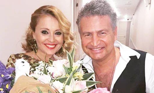 Леонид Агутин поздравил Анжелику Варум с 19-летием совместной жизни