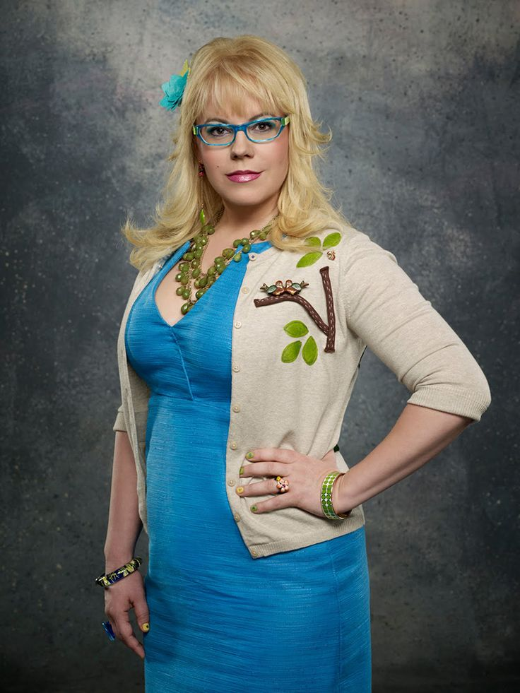 Penelope Garcia Addresses The Rumors.  Who will be the next to leave 'Criminal Minds'?