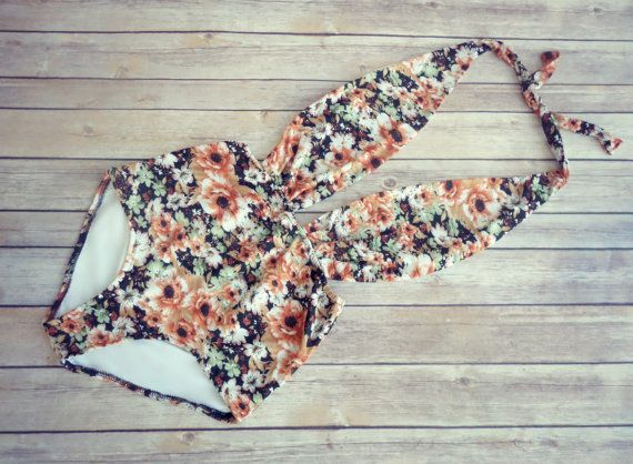 Beautiful Swimsuit Vintage Retro Style High Waisted door Bikiniboo