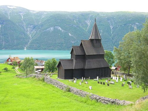 Wooden Church of urnes | Norway  viajarxeuropa.com