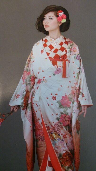 奈良のドレスショップから秋の新作色打掛入荷のご紹介 |奈良和婚 ブライダルプロデュース | アトリエステディ