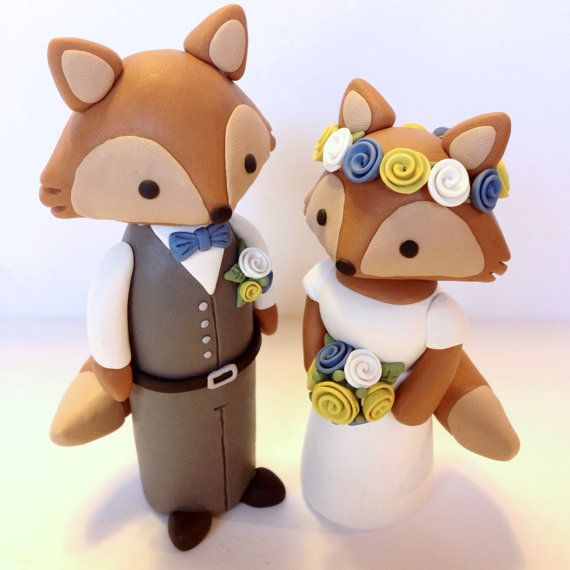 Hey, I found this really awesome Etsy listing at https://www.etsy.com/listing/240875664/fox-wedding-cake-topper-choose-your