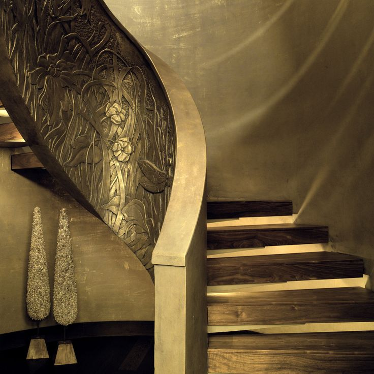 Saladino interior. The Art stairs decorated by Marat Ka. The outer side of the fence stairs - bas-relief figure of the author .