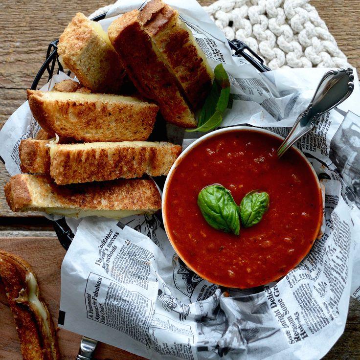 Bâtonnets de grilled-cheese et sauce tomate maison | Boulangerie St-Méthode