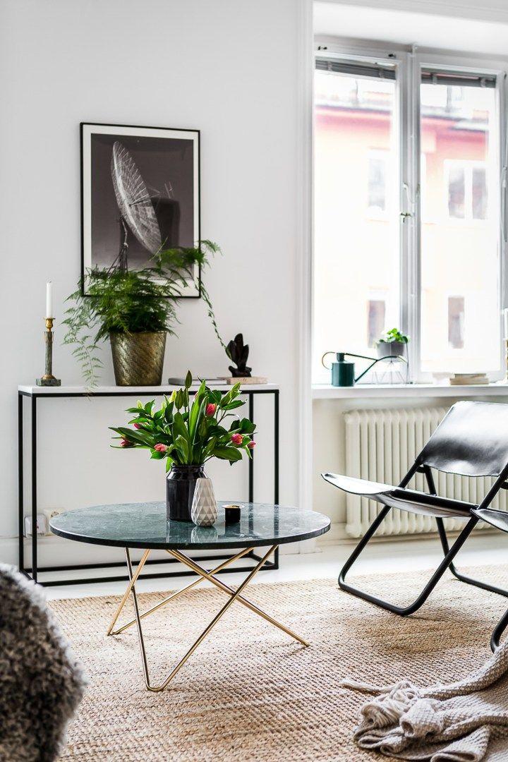 sillas Eames DSW sillas de diseño silla 7 de Arne Jacobsen muebles de diseño estilo escandinavo decoración eclética decoración comedores Comedor con sillas desparejadas cocina abierta blog decoración nórdica Ant de Arne Jacobsen