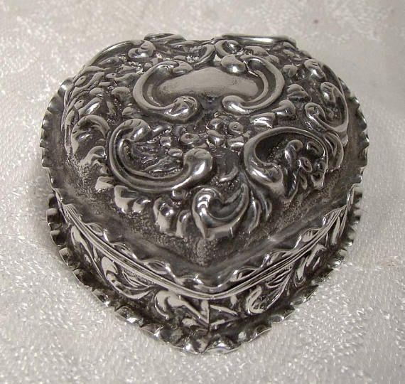 Edwardian Sterling Silver Repousse Heart Trinket Dresser Box