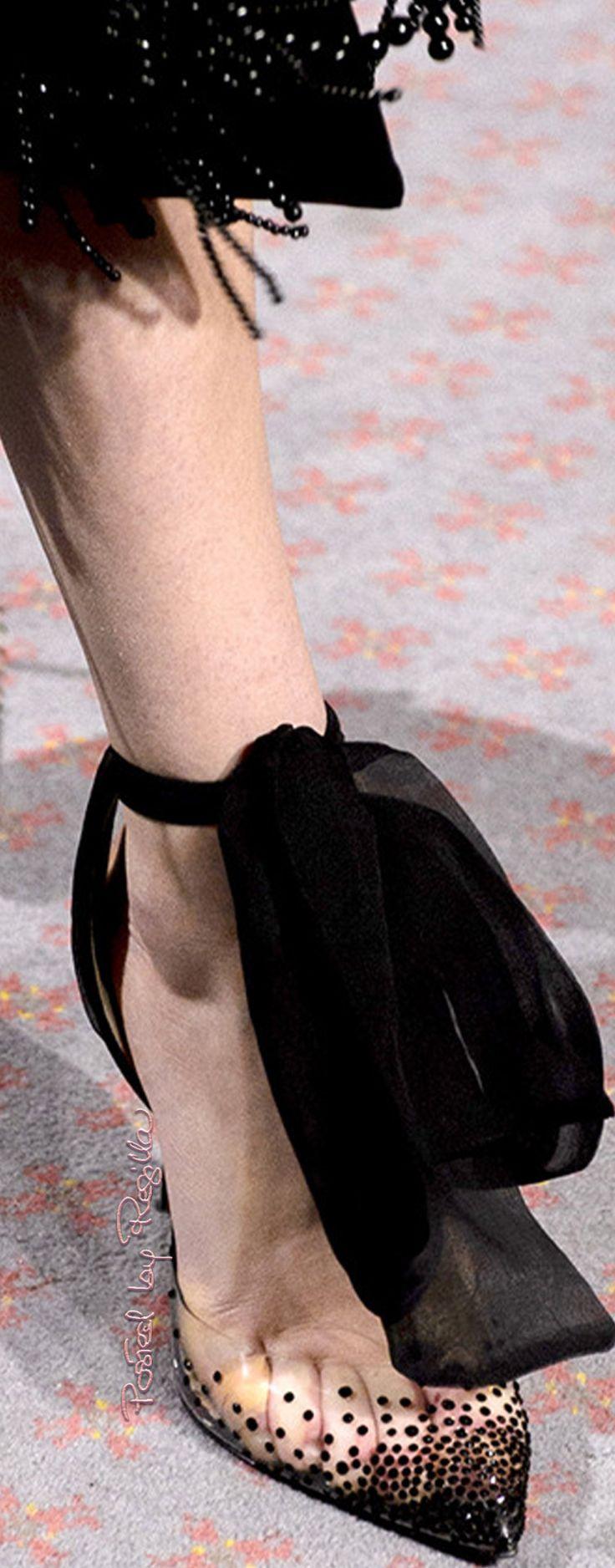 Shoes  Huishan Zhang, Autumn-Winter 2018 http://regilla.tumblr.com/post/171119384724