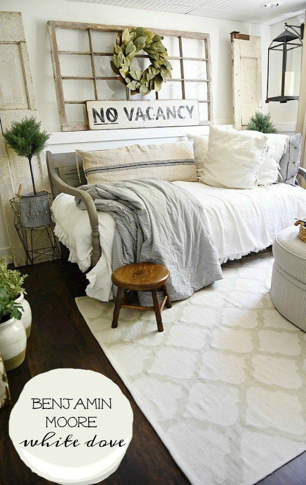 The best rustic farmhouse white paint - a must pin for the best neutral white to paint your farmhouse or cottage style homes. Great for wall color &…