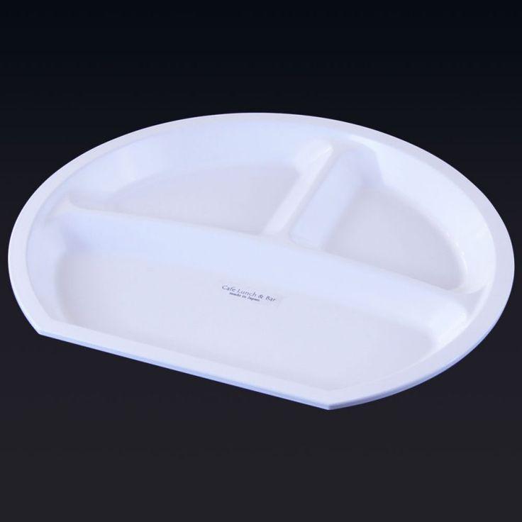 お料理教室でも、先生方が絶賛!人気のおしゃれな割れないお皿。おとこの雑貨屋 【12/23~12/26まで、最大ポイント16倍】プレート 皿 割れにくい プラスチック 食洗機対応 日本製 仕切り ホテル仕様  カフェスイーツ ハーフラウンドプレート ホワイト ZA-395649 ギフト プレゼント【RCP】