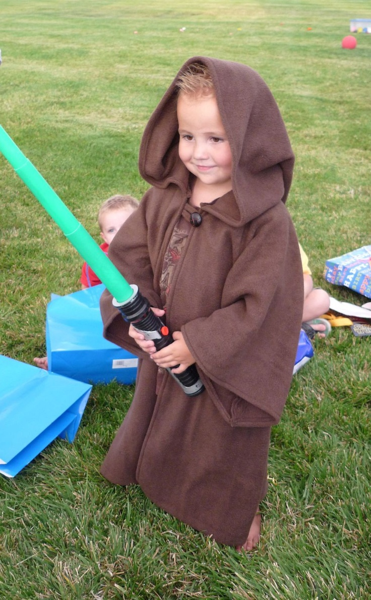 Inspiration: Jedi Robe since I'm sure I'll be making one or two of these in the future.