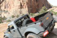 131 1004 02+moab easter jeep safari+mopar jeep nukizer m715