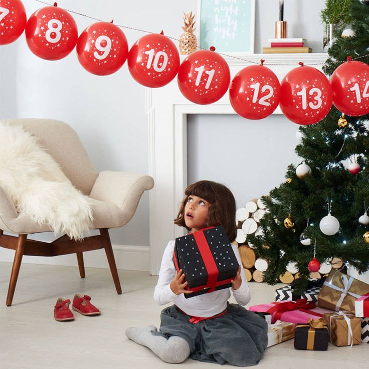 Balloon Advent Calendar And Activity Kit. An absolutely fabulous balloon advent calendar, including daily activities for kids to take part in during the run up to Christmas. Poptastic!