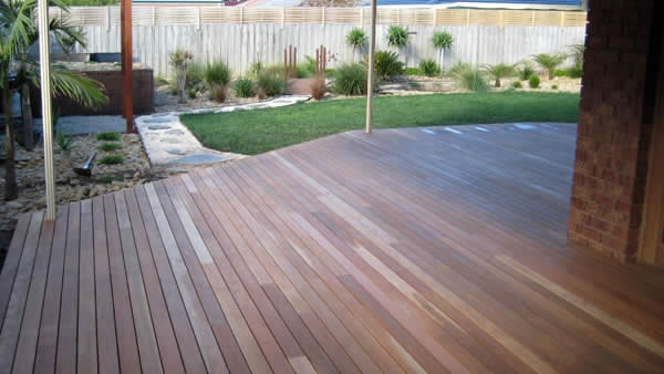Spotted gum decking under verandah