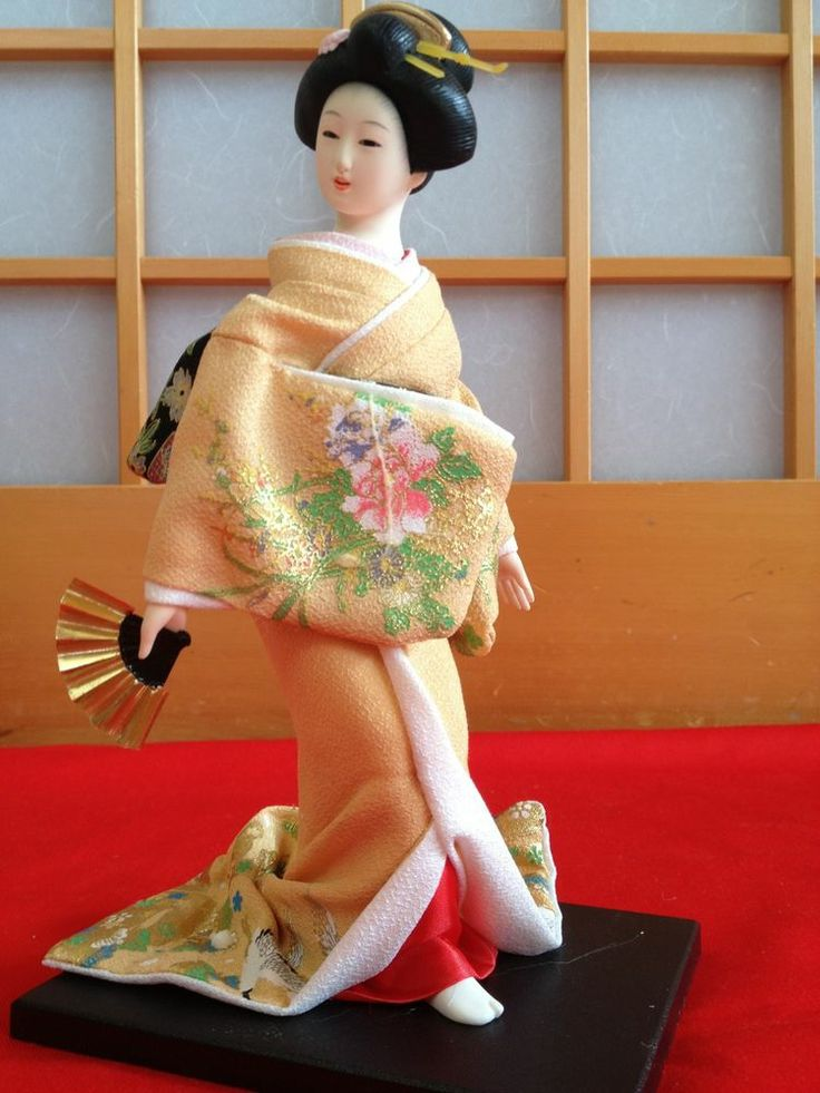 "For Sale Japanese Maiko Kimono 9 "" Figure Yellow Geisha Doll F/S From Japan"