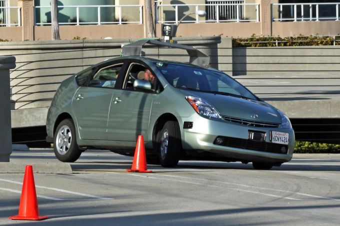 Toyota official highlights issues with NHTSA guidelines and California self-driving rules