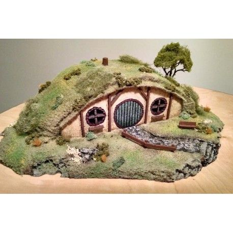 Custom Hand Crafted LOTR Halfling Hobbit Home War Game Terrain Scenery wargaming #terrain #scenery #custom #miniatures #28mm #tabletop