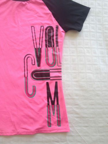 Brand New: Girls Volcom Rash Shirt - Size 6 - Now Selling! Click through to go to eBay Auction