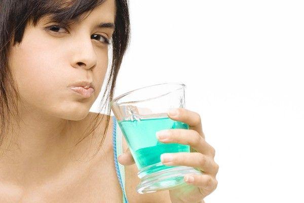 Жидкости для полоскания полости рта могут привести к гипертонии