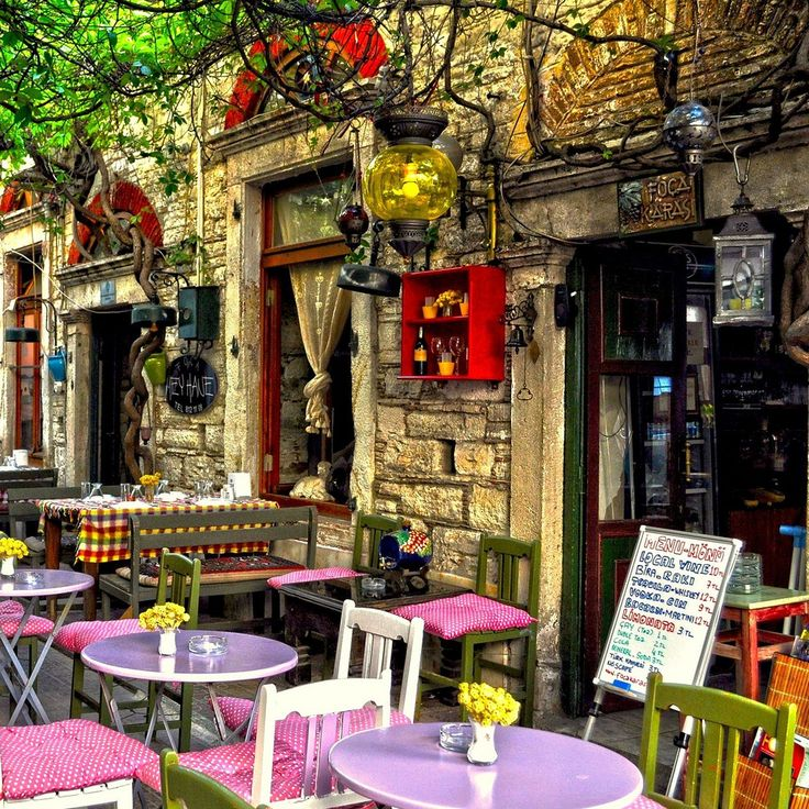 Colorful terrace on the streets of Foça, Turkey (by yonca60).