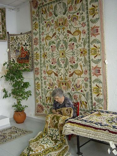 Arraiolos Carpets is a tradicional artwork #Marvao #Alentejo #Portugal