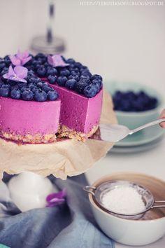 Blueberry lavender cheesecake