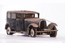 Voisin Type C24 limousine - 1933/1934. Artcurial Motorcars, Rétromobile 2015, Vente N° 2651 (Collection Baillon) - Lot N° 7.