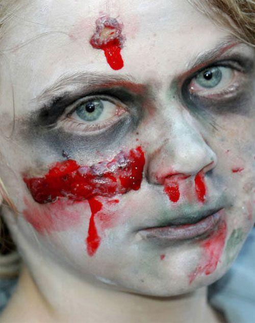 Versione n.6 del trucco da zombie per bambini per Halloween