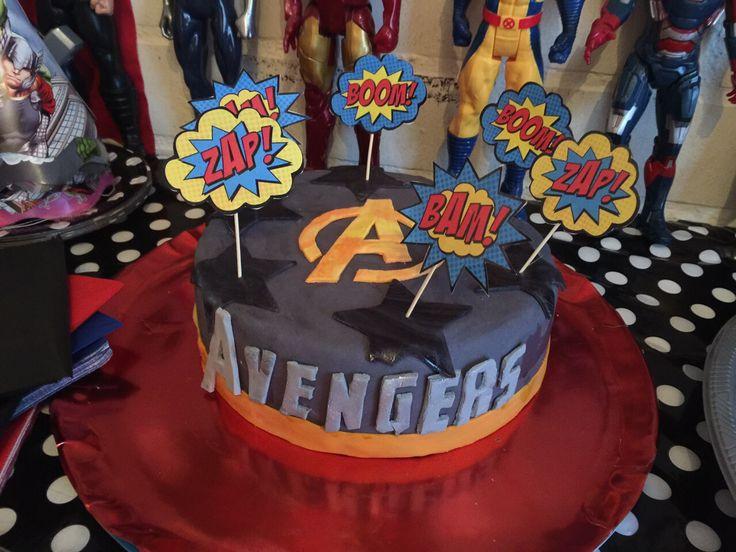Torta panqueque chocolate de Avengers!