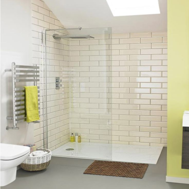 Browse the Aurora Walk In Shower Enclosure & Tray. Ideal for those wanting a sleek, wet room look. Now available online from Victorian Plumbing.co.uk.