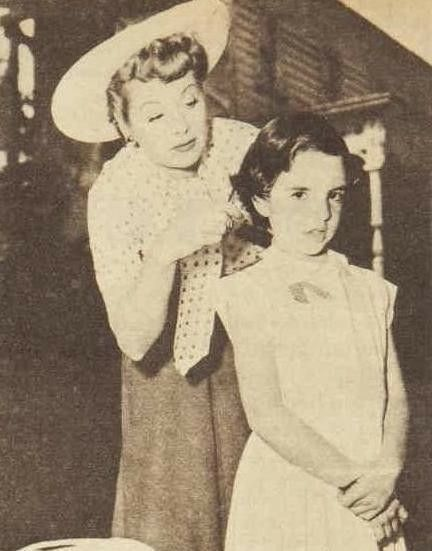 Lucille Ball trims the hair of a young Liza Minnelli, 1954