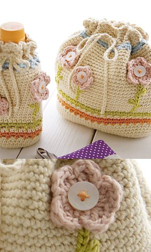 Free crochet pattern ~ a fun bag to carry with you during your summer travels.: Fun Bags, Crochet Bags, Free Crochet, Lunches Bags, Summer Travel, Bags Patterns, Free Patterns, Crochet Patterns, Drawstring Bags