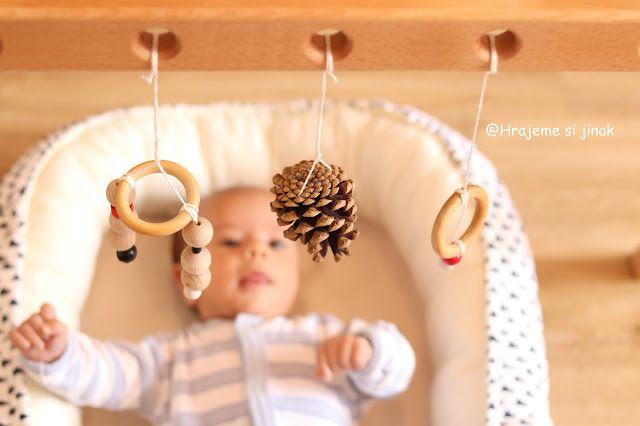 VYRÁBÍME HRAČKY POZOROVAČKY | Hrajeme si jinak DIY babygym wooden toy
