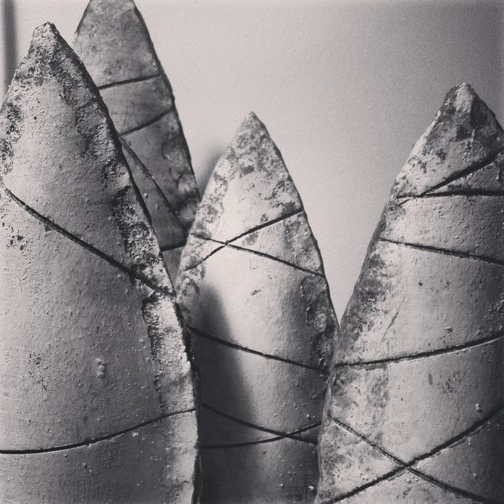 New clay sculptures made in black gorged clay www.najautzonpopov,com