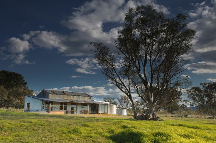 The archetypal Woolshed at Strathnairn Arts is available for hire for workshops and events.