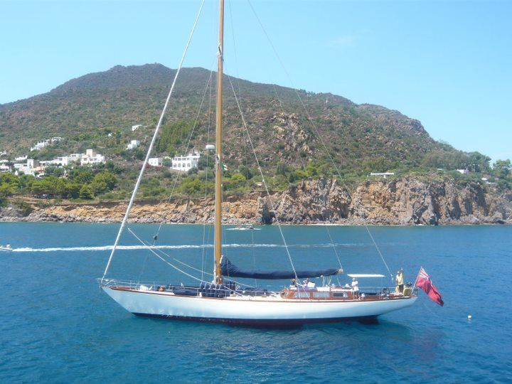 Isola di Panarea: vista dall'imbarcazione