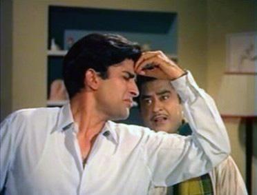Shashi Kapoor along with Kishore Kumar in the hit comedy Pyaar Kiye Jaa