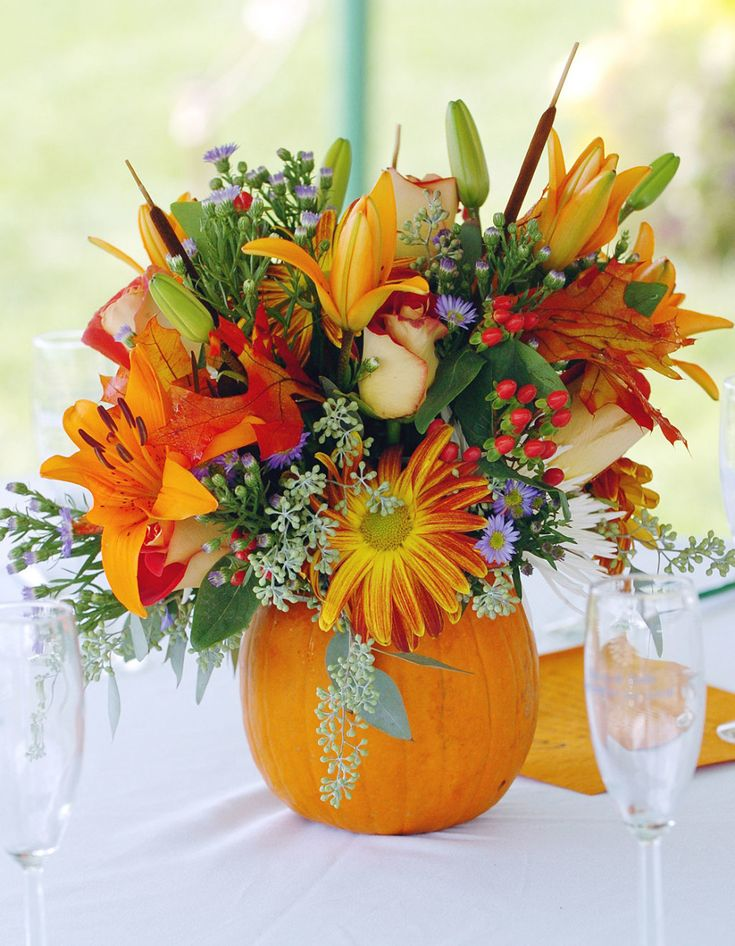 Gorgeous Accessories For Table Decoration Using Various Thanksgiving Floral Table Centerpiece Ideas : Gorgeous Image Of Accessories For Dining Room And Dining Table Decoration Using Orange Flower Thanksgiving Floral Table Centerpiece And Round Pumpkin Flower Vase