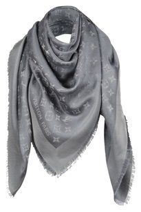 Louis Vuitton AUTHENTIC Louis Vuitton Monogram Shine Silver Gray Shawl M75120